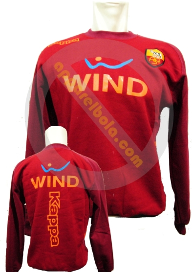 http://apparelbola.files.wordpress.com/2013/02/as-roma.jpg?w=393&h=556&resize=393%2C556